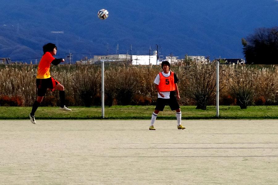 2015.12.27第2試合 35CL第3節 タカモト道路団 2-0 FC Noel Photo9